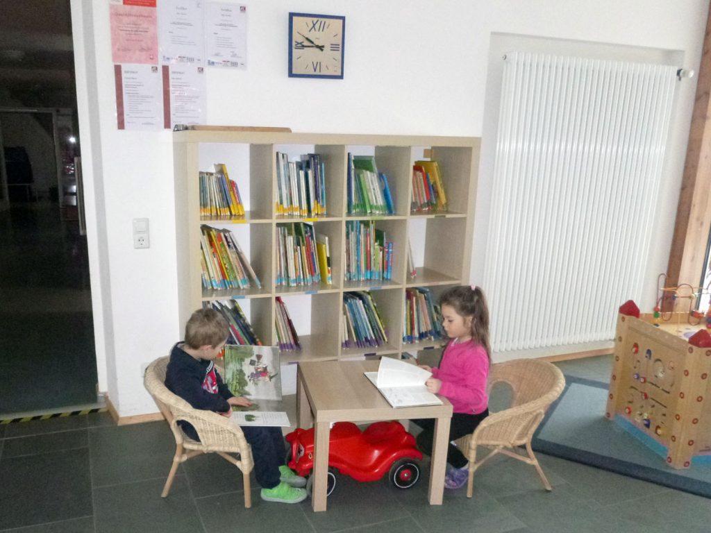 Lese-Ecke im Foyer